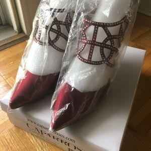 New in Box.  Dress shoes in Garnet Satin